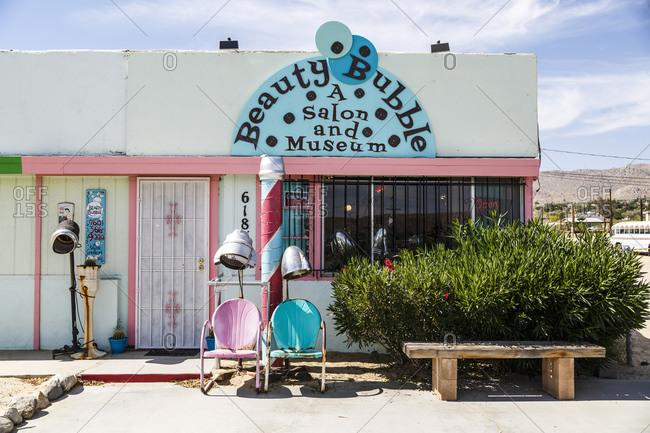 June 8, 2016: Beauty Bubble, Salon und Museum, Joshua Tree, Mojave Desert, Kalifornien, USA