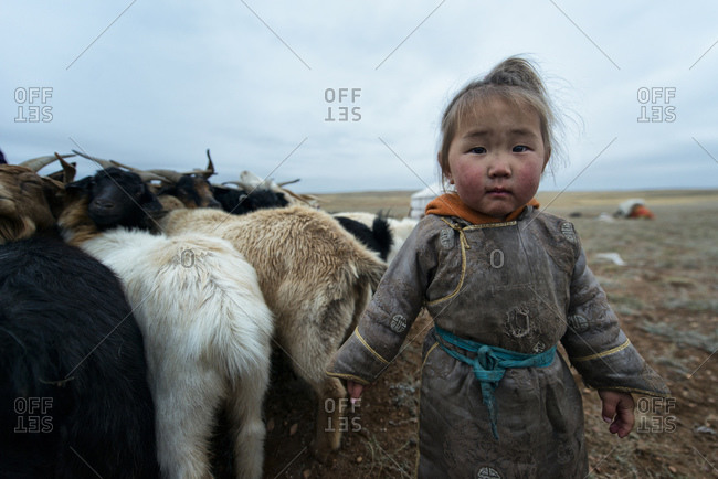 September 18, 2013: The daughter of a Mongolian nomad family in the Gobi Desert, Mongolia