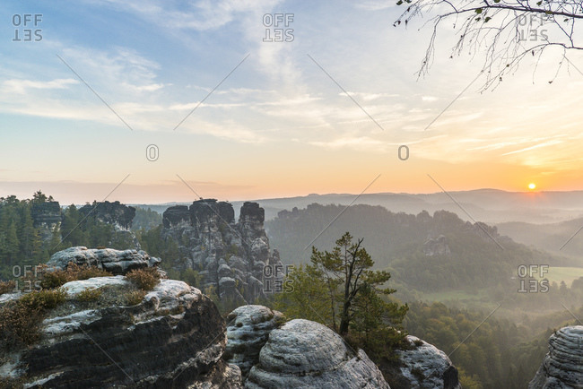 View from the Bastei to the small Goose Rock at sunrise, Elbe Sandstone Mountains, Saxony, Germany
