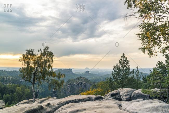 View from the Carola rocks to the Schrammsteine and the Falkenstein in the evening, Elbsandsteingebirge, Saxony, Germany