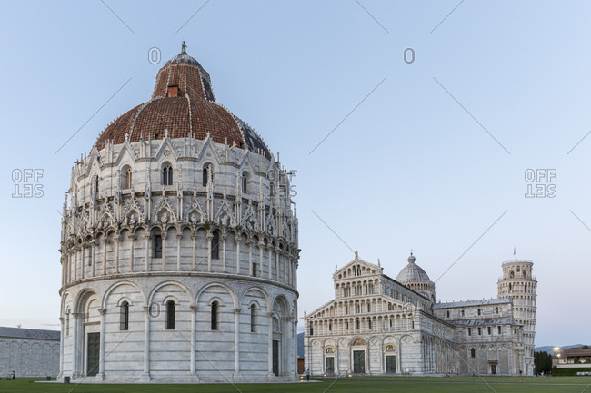 Baptistery, Cathedral of Santa Maria Assunta and Campanile, Leaning Tower of Pisa, Piazza del Duomo, Pisa, Tuscany, Italy