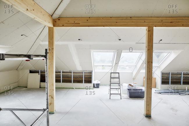 Modern, empty attic under construction