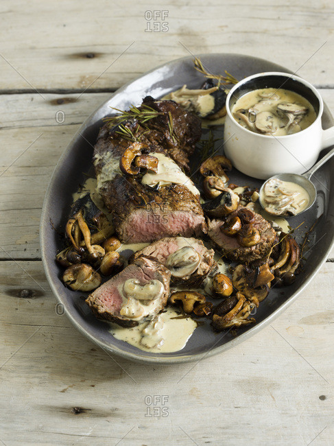 Beef fillet with creamy mushroom sauce