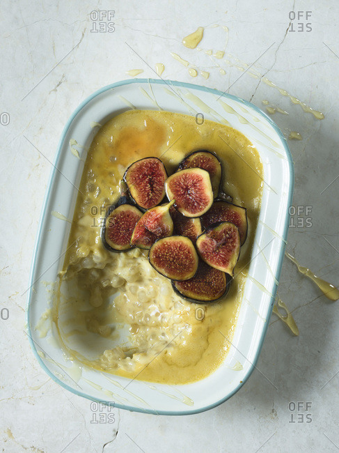 Tapioca pudding with caramelized figs