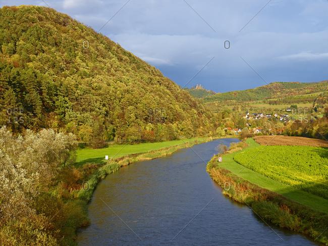 Hanstein Castle above the Werra Valley near Werleshausen, district of Witzenhausen, Werra-Meissner district, Hesse, Germany