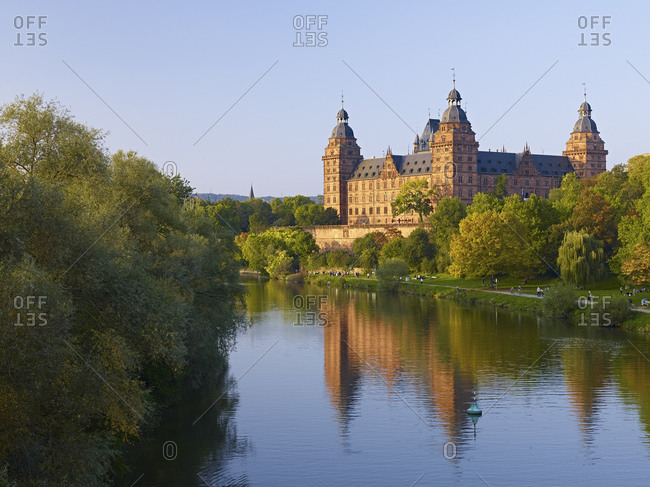 Johannisburg Castle on the banks of the Main, Aschaffenburg, Lower Franconia, Bavaria, Germany
