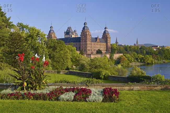 Johannisburg Castle on the banks of the Main, Aschaffenburg, Lower Franconia, Bavaria, Germany