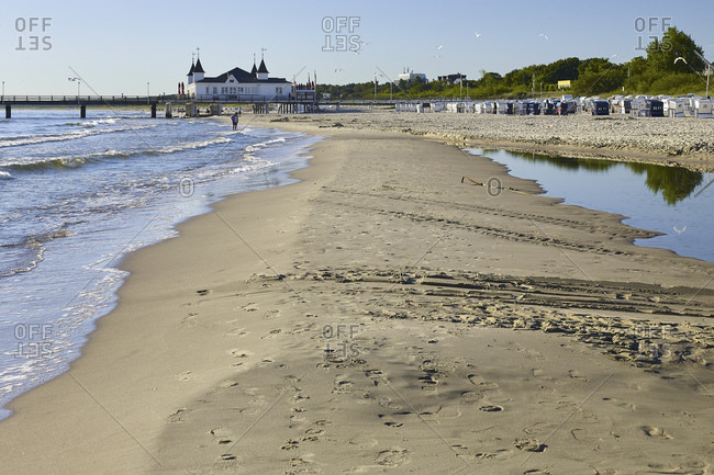 Ahlbeck beach with pier, Baltic resort Ahlbeck, Usedom, Mecklenburg-Western Pomerania, Germany