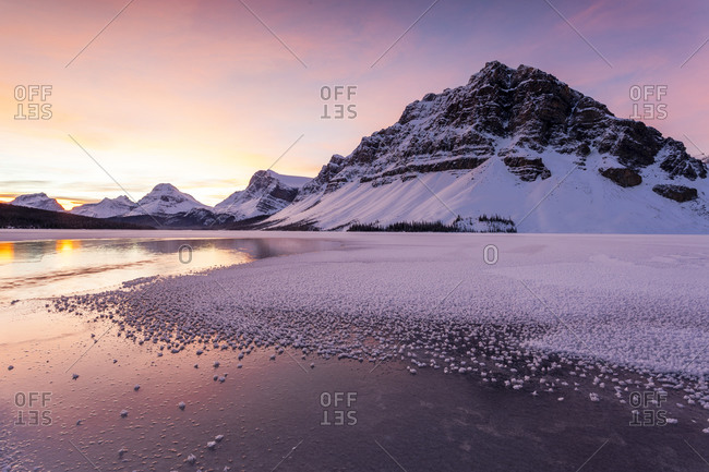 Bow Lake in winter at sunrise, Banff National Park, Alberta, Canada