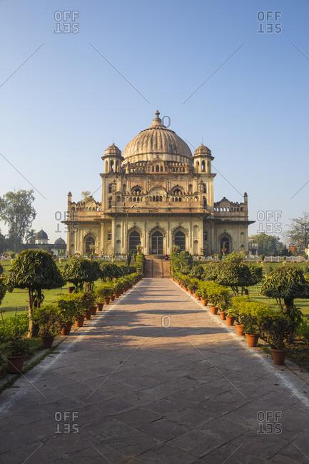 Begum Hazrat Mahal Park, Tomb of Khurshid Zadi (Mushir Zadi), Lucknow, Uttar Pradesh, India, Asia