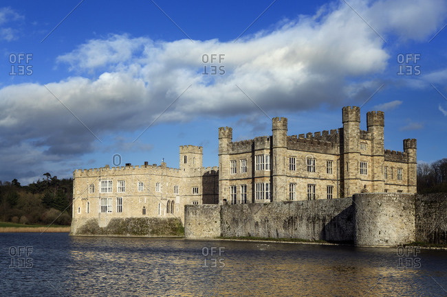 View across the lake to the castle, former home of Catherine of Aragon, first wife of Henry VIII, Leeds Castle, Kent, England, United Kingdom, Europe