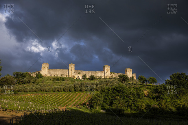 Monteriggioni is a complete walled medieval town in the Siena Province of Tuscany built in the 13th century, Italy
