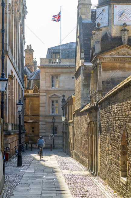 UK, England, Cambridgeshire, Cambridge, Senate House Passage, Gonville and Caius College (right) and Trinity Hall (ahead)