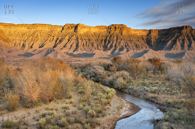 Fremont River and badlands at South Caineville Mesa, Caineville, Utah, Western United States, USA