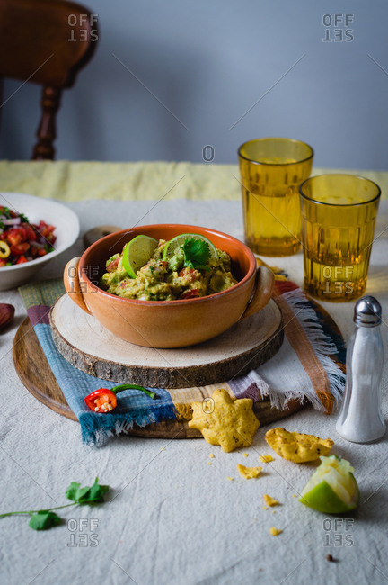 Guacamole in a bowl (Mexican avocado dip)