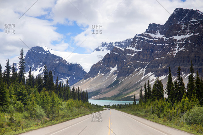 Canada's Icefield Highway with view of Bow Lake and Bow Mountain in distance