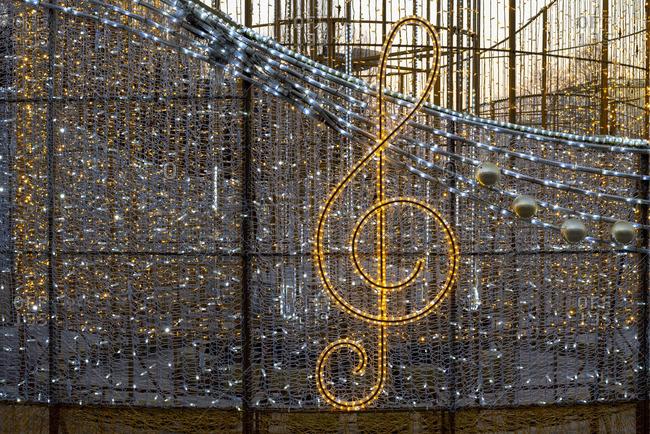 Germany, Saxony-Anhalt, Magdeburg, Christmas light sculpture, clef, world of lights