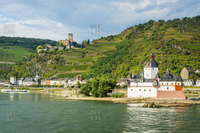 One of the most beautiful castles in the Middle Rhine, Gutenfels and Pfalzgrafenstein near Kaub, UNESCO World Heritage Upper Middle Rhine Valley