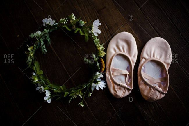 Flower crown and small ballet shoes