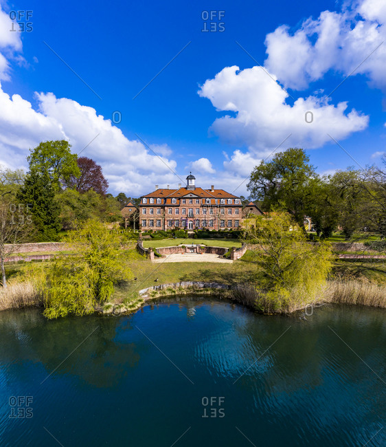 Germany- Hesse- Kahl am Main- Helicopter view of summer lakeshore withSchloss Emmerichshofen in background