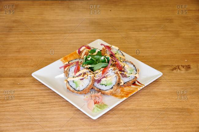 Hot roll Spice Tuna Asiatic food