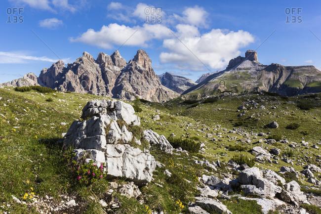 Mount Rautkofel (2826 m) and Schwabenalpenkopf (2687m), UNESCO World Heritage, Dolomites, Alps, Alto Aldige, Tentino, South Tyrol, Italy