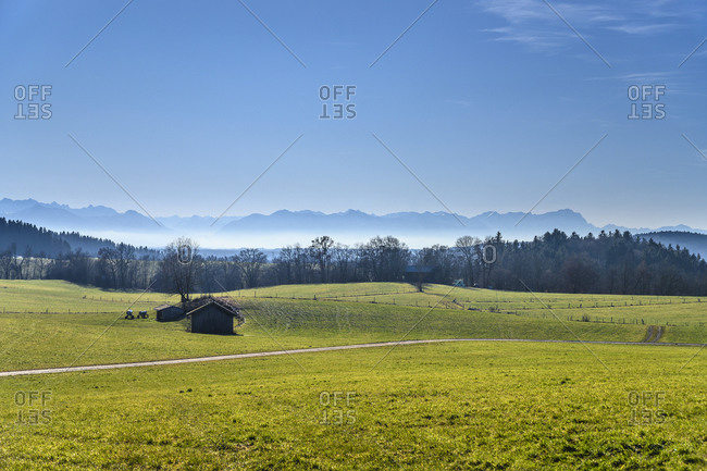 Germany, Bavaria, Upper Bavaria, Tolzer Land, Egling, cultural landscape with alpine chain near Aufhofen