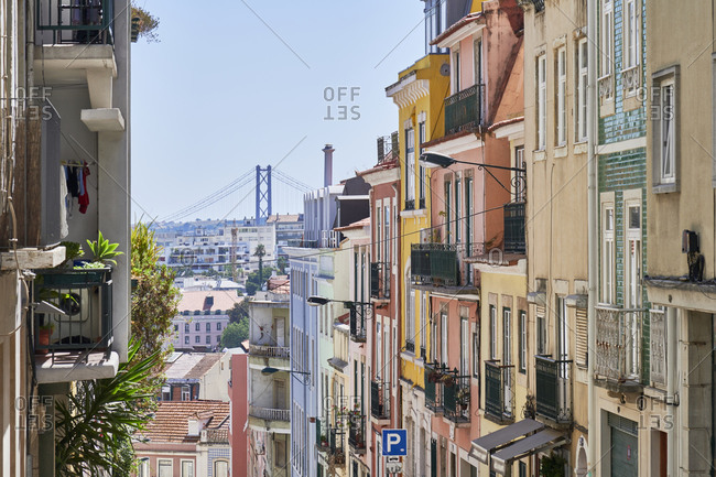 Apartments in the Principe Real neighborhood in Lisbon with view of Ponte 25 de Abril