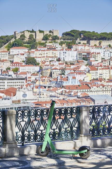 Lisbon cityscape with the Saeo Jorge Castle, viewed from Miradouro de Saeo Pedro de Alcantara, Portugal
