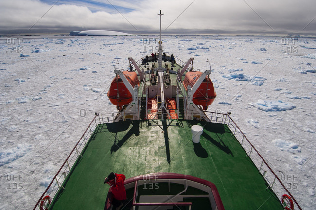 January 28, 2006: Antarctic Dream ship, Lemaire Channel, Antarctica, Antarctic Peninsula