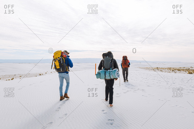 Hikers on White Sands National Monument, New Mexico, US