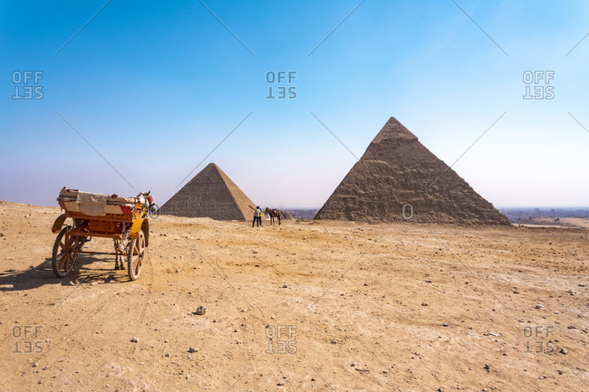 November 5, 2018: Egypt- Giza Governorate- Giza- Carriage in front of Giza Pyramids