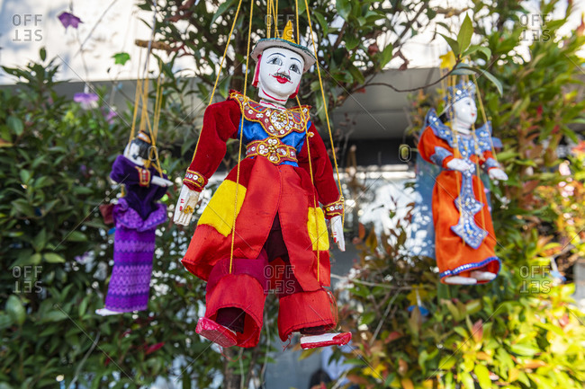 Myanmar- Mon state- Kyaiktiyo Pagoda- Puppets for sale
