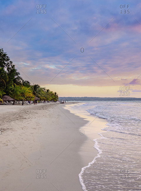 Seven Mile Beach at sunset, Long Bay, Negril, Westmoreland Parish, Jamaica, West Indies, Caribbean, Central America
