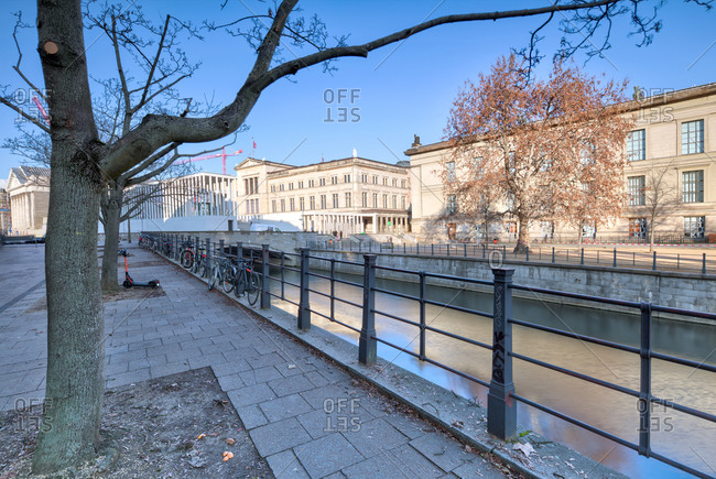 December 5, 2019: Spree, James-Simon-Galerie, Museum, Museum Island, Berlin-Mitte, Berlin, Germany