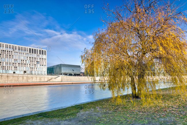 December 4, 2019: View over the Spree, futurium, leaves coloring, Spreebogenpark, government district, Berlin, Germany