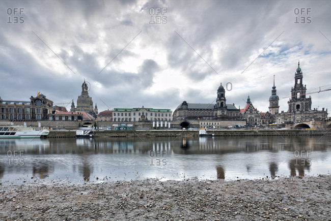 Elbe panorama, Frauenkirche, Bruhlsche Terrasse, Zwinger, Hofkirche, Augustusbrucke, Dresden, Saxony, Germany, Europe,