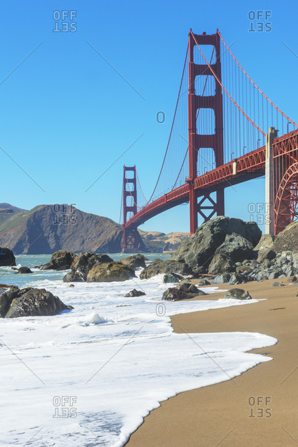 View of Golden Gate Bridge from Bakery beach, San Francisco, California, USA