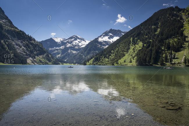 Austria, Tannheim, Bergsee Vilsalpsee in spring