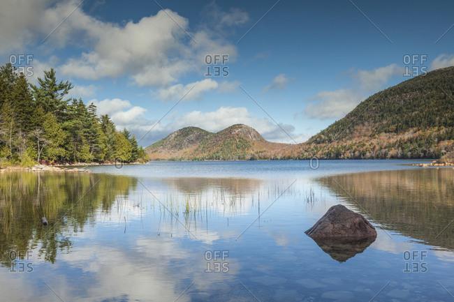 USA, Maine, Mt. Desert Island. Acadia National Park, Jordan Pond and The Bubbles.