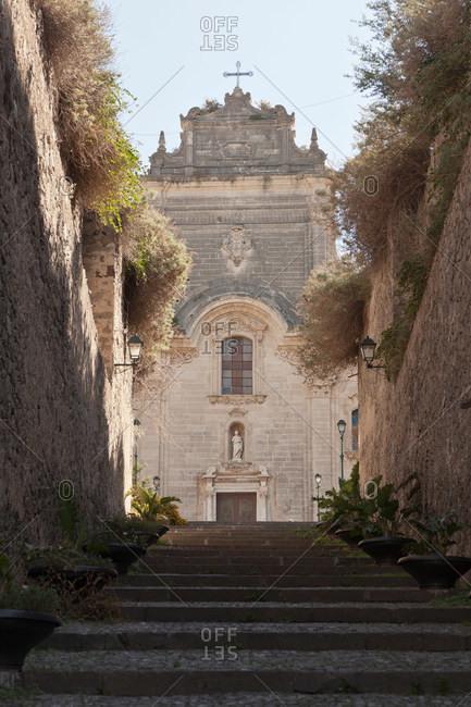 Ornate building viewed from alleyway