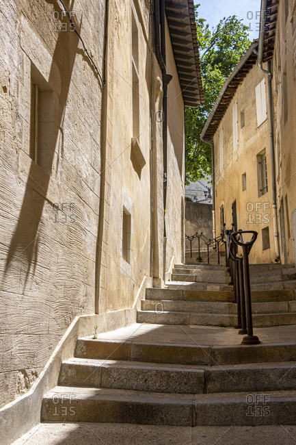 France, Vaucluse, Avignon, alley with stairs in the old town