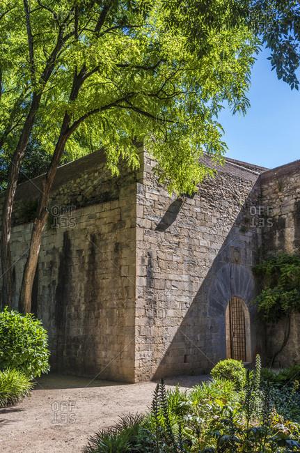 Spain, Catalonia, Girona, antiga caserna dels alemanys (17th century) on the passing de la Muralla