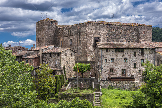 Spain, Catalonia, Garrotxa Volcanic Zone Natural Park, village of Santa-Pau, castle and medieval houses