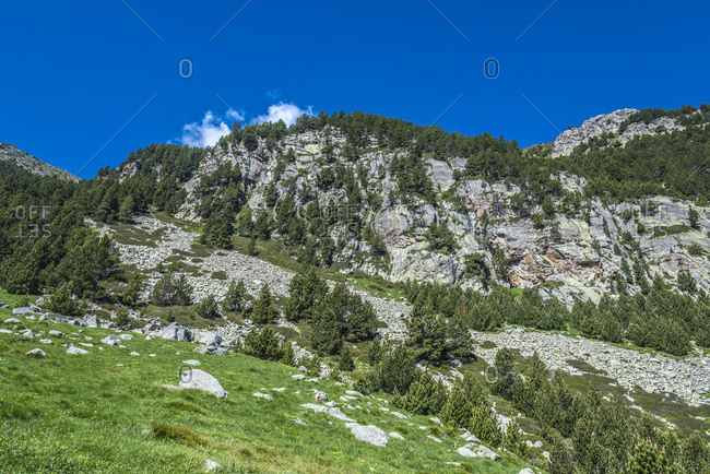Spain, Catalonia, Pyrenees, comarque of Ripolles, Vall de Nuria, view of the mountain