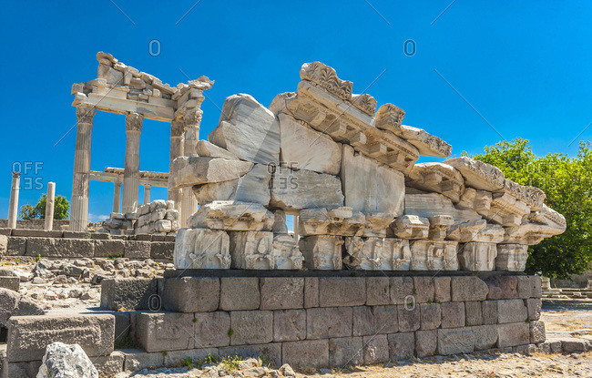 Turkey, Archeological site of the former city of Minor Asia, Pergamon (Bergama) (UNESCO World Heritage) (1st-2nd century), Hadrian and Trajan Roman temples on the acropolis