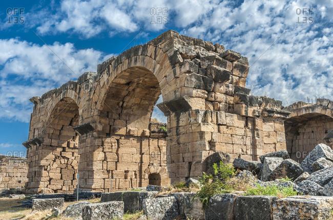 Turkey, Hierapolis archeological site near Pamukkale, Baths outside the north gate (Basilica Bath, 3th century) (UNESCO World Heritage)