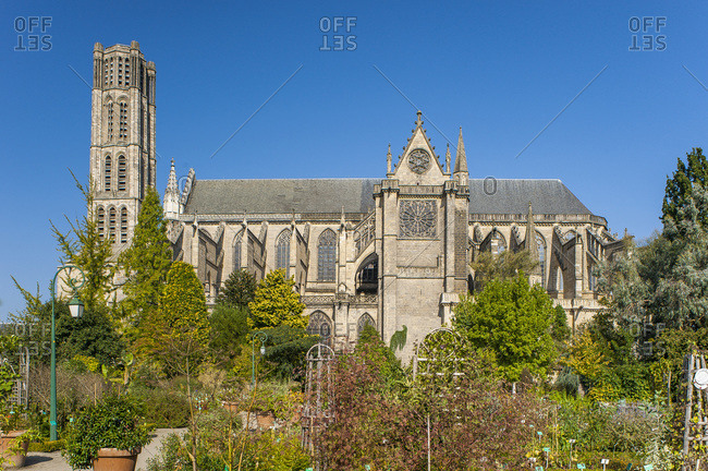 Nouvelle Aquitaine - Limousin - Haute-Vienne - Limoges - Gardens of the bishopric and the Saint-Etienne cathedral