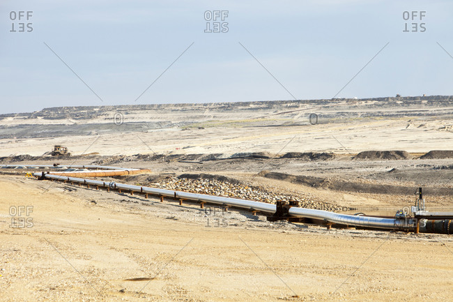 Albian Sands tar sands mine, Fort McMurray, Alberta, Canada