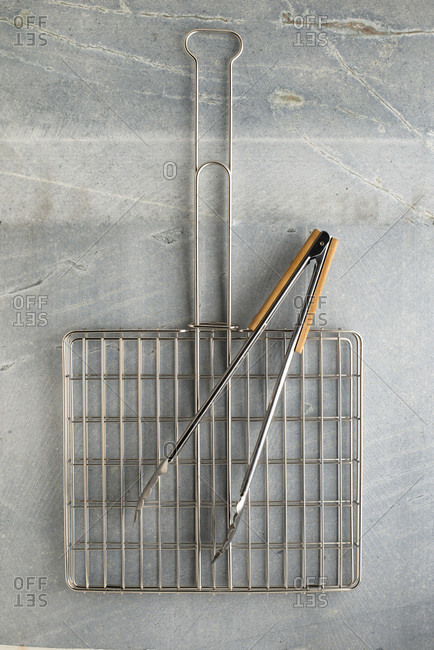 BBQ Grid and Tongs set out